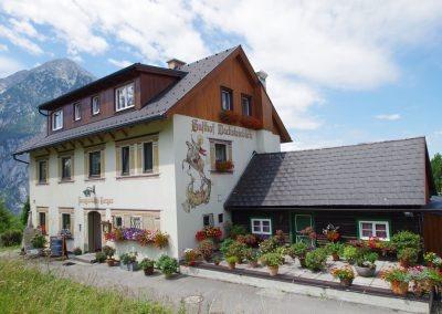 Rund um den Gasthof Dachsteinblick - ganzes Haus vor Grimming